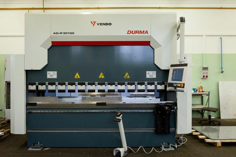 Élhajlító gép Durma AD-R-30100