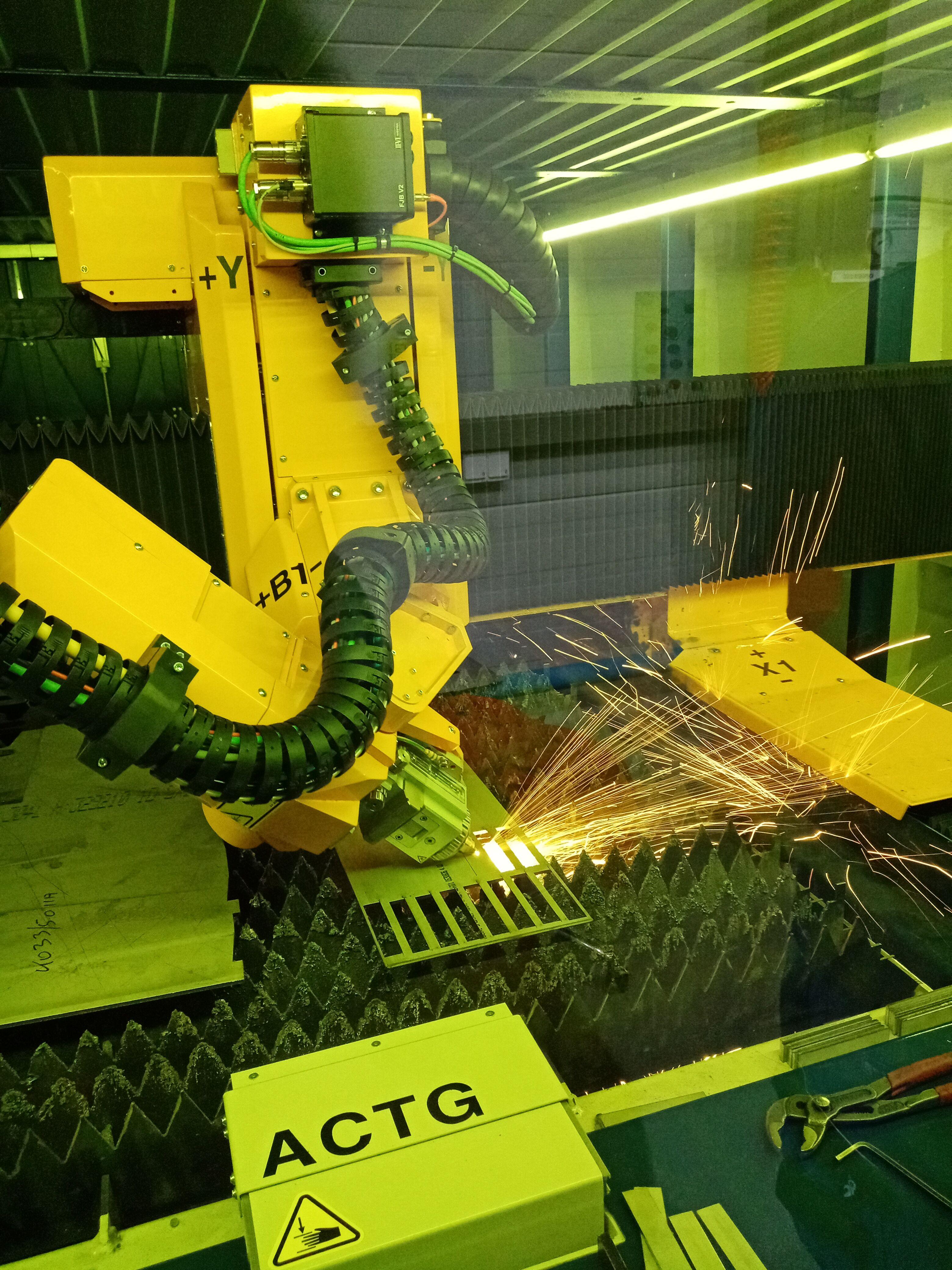 Lézervágás 3D-ben